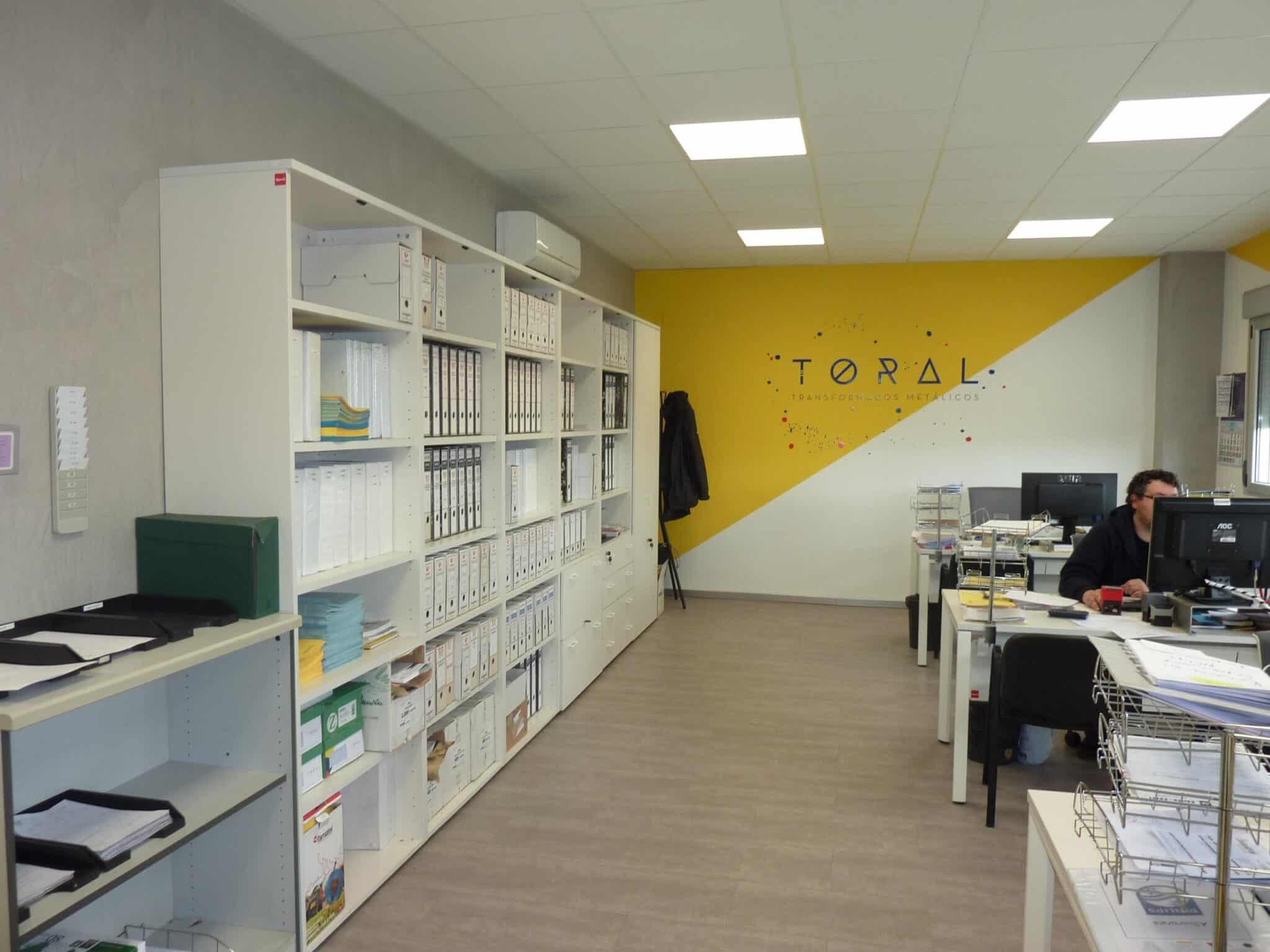 Proyecto oficinas Toral estanterías | Muebles de oficina Spacio