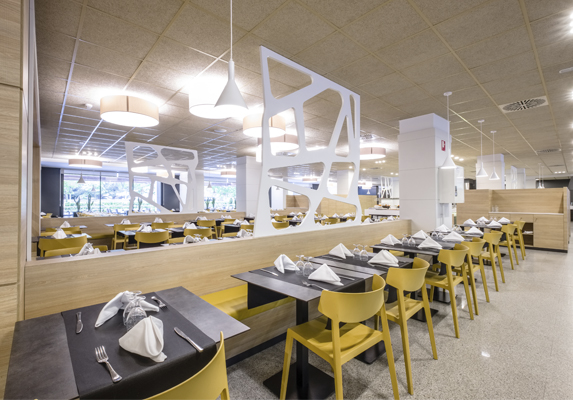 Restaurante hotel California Garden Wing | Muebles de oficina Spacio