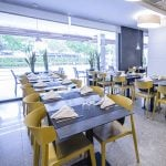 Restaurante hotel California Garden sillas Wing pre | Muebles de oficina Spacio