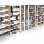 Estanterías de madera Class con puertas | Muebles de oficina Spacio