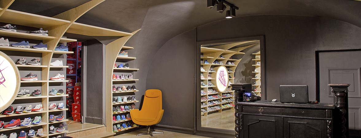 Estanterías para tiendas entrada | Muebles de oficina Spacio