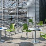 Mesa de reuniones Tabula Plate con silla Spacio | Muebles de oficina Spacio