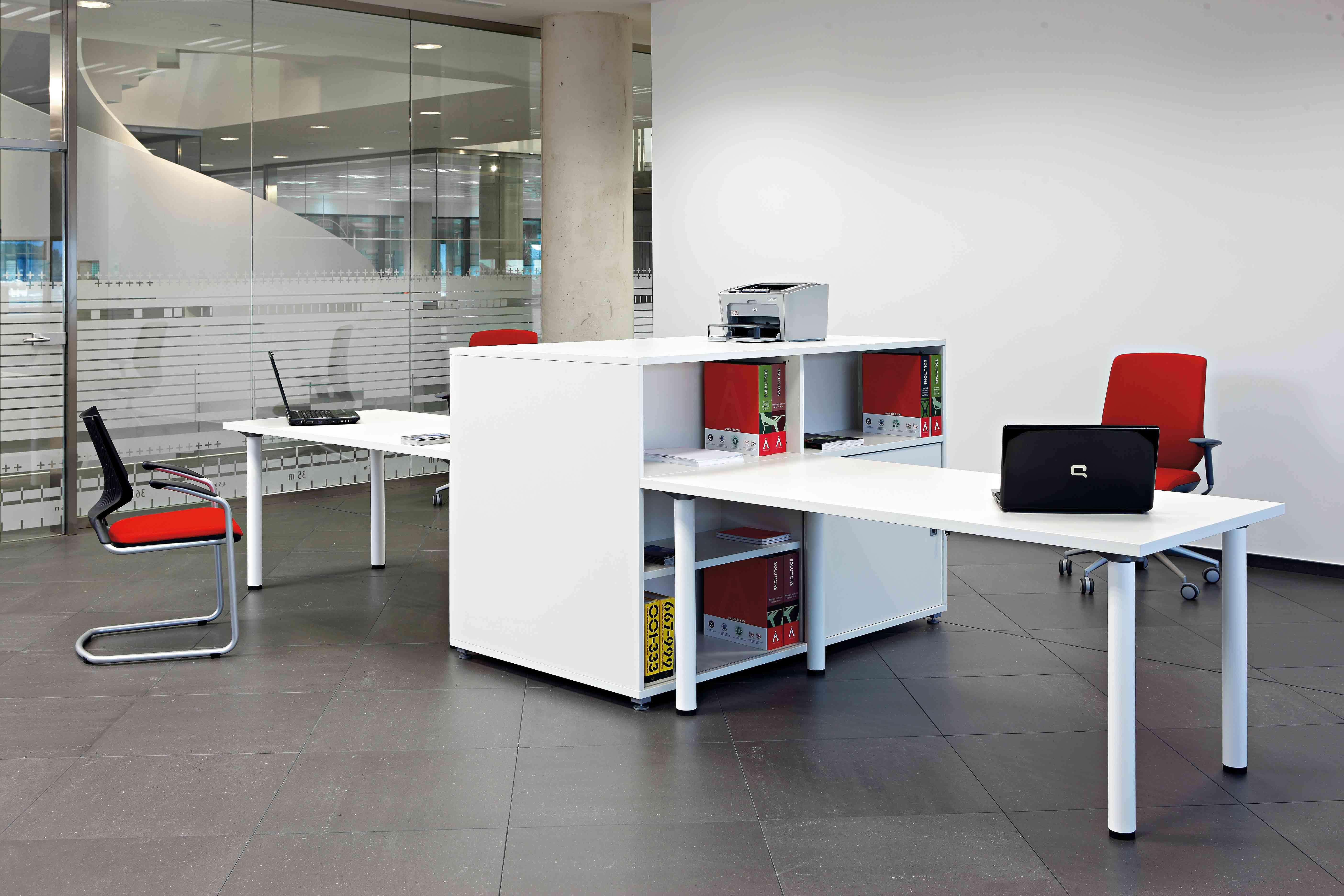Mesa despacho Cool C300-C500 | Muebles de oficina Spacio