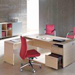 Mesa oficina Arco con cajonera | Muebles de oficina Spacio