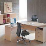 Mesa oficina Arco con silla Kados | Muebles de oficina Spacio