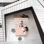Mesa reuniones Prisma vista cenital | Muebles de oficina Spacio