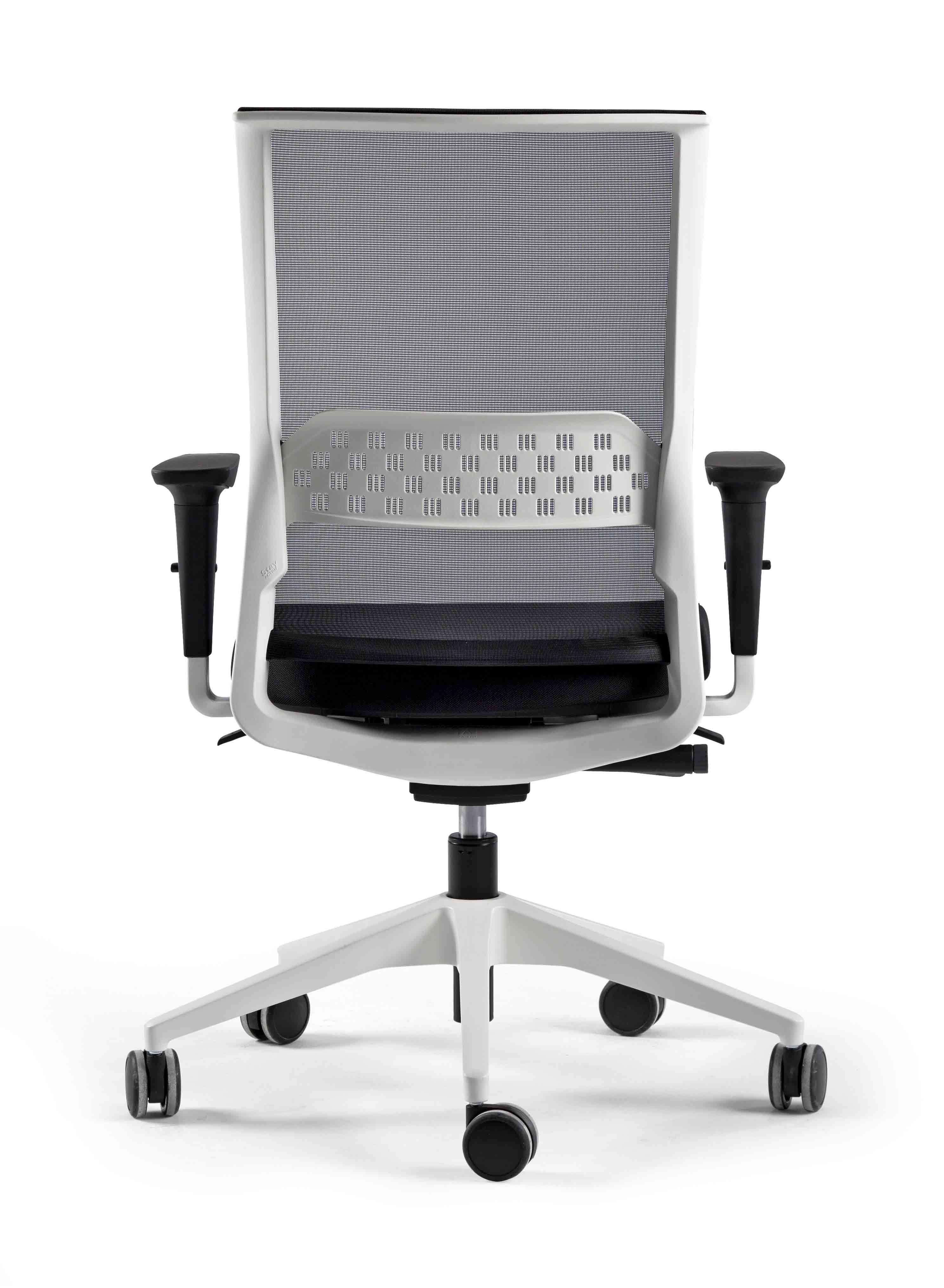 Silla stay ergon mica y c moda muebles de oficina spacio for Sillas ergonomicas con apoyo lumbar