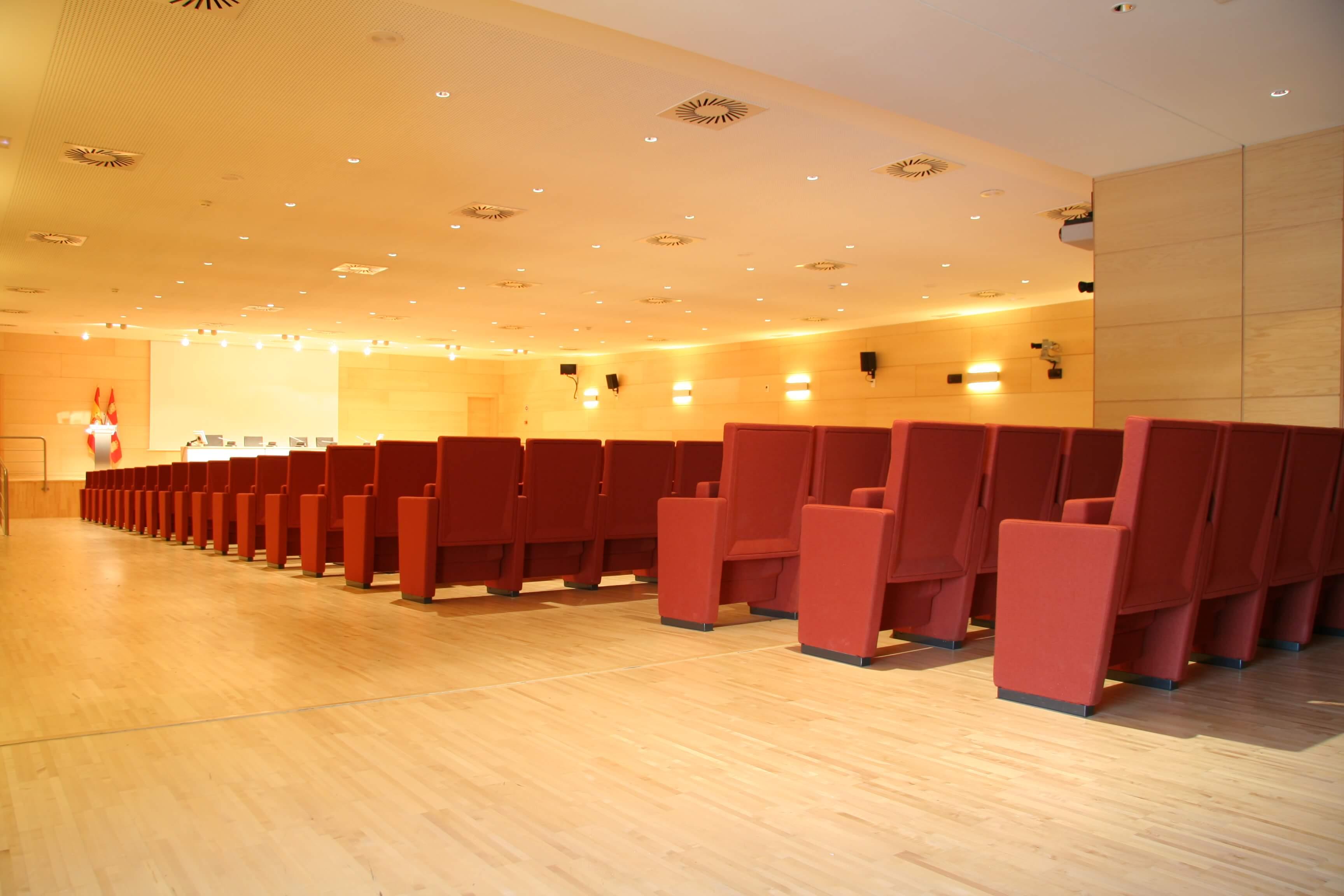 Auditorio Cortes CyL butacas | Muebles de oficina Spacio