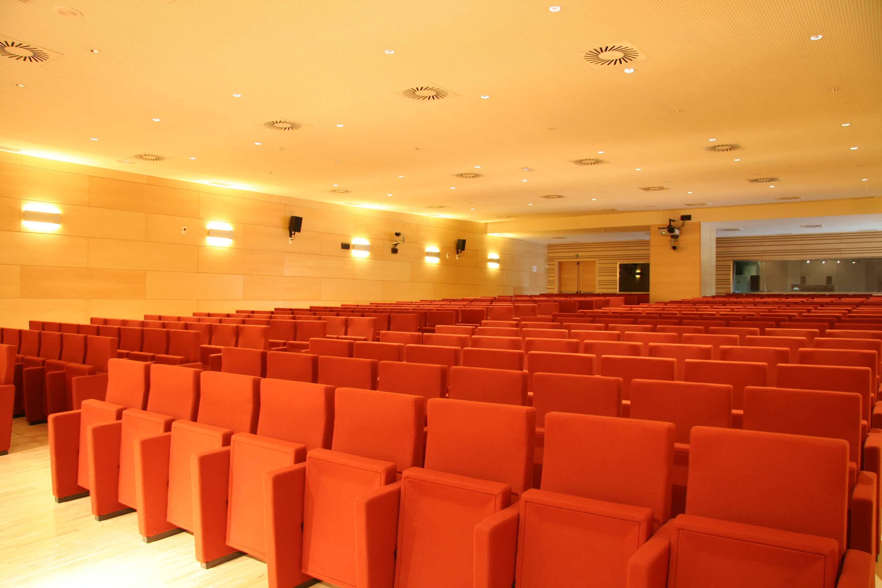 Auditorio Cortes CyL sala | Muebles de oficina Spacio
