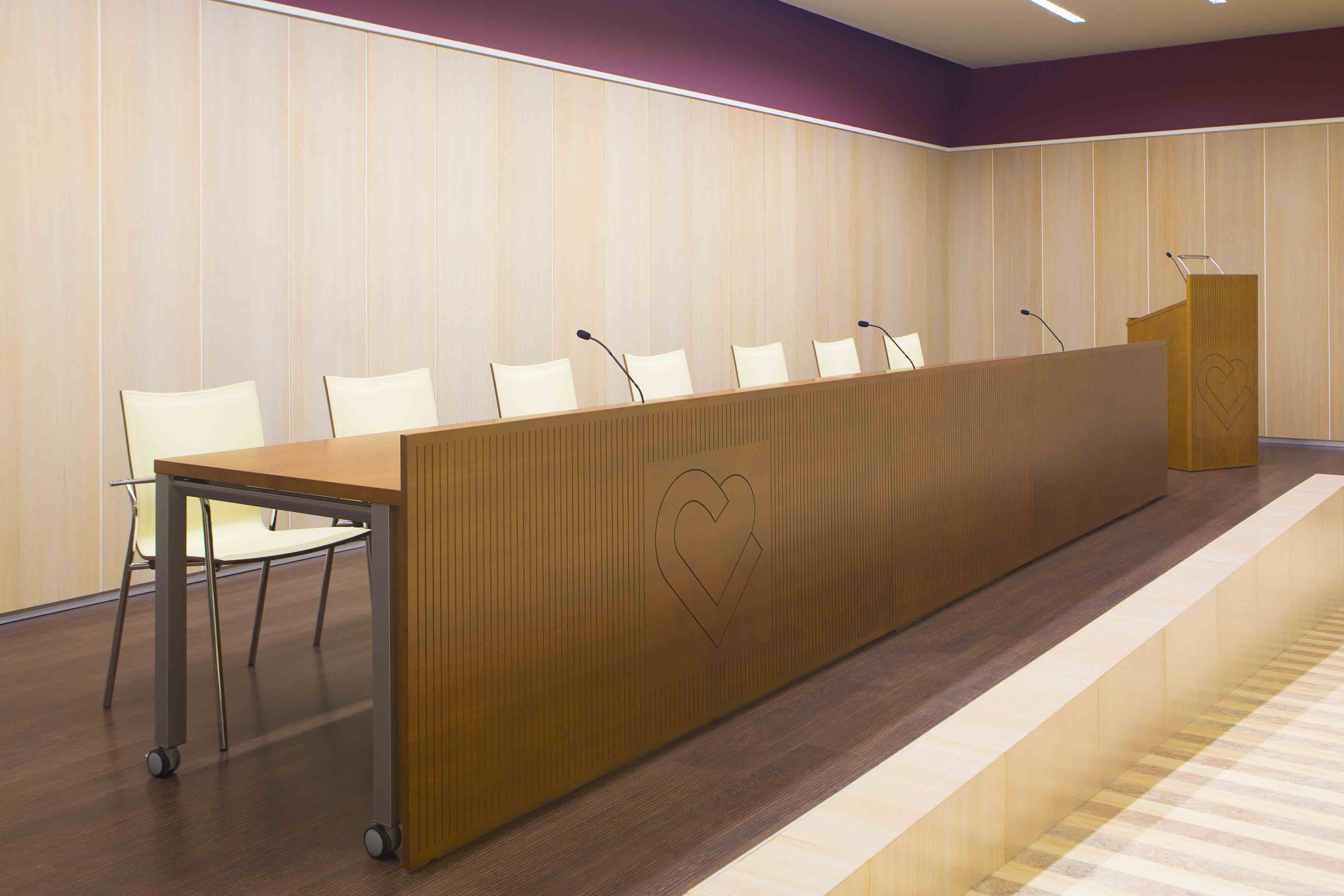 Capilla Benito Menni sala confererencias | Muebles de oficina Spacio
