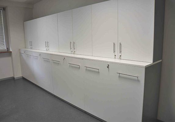 Equipamiento integral Casa Cuna armarios con cerradura | Muebles de oficina Spacio