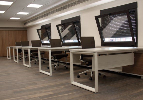 Equipamiento integral Aviporc delantera | Muebles de oficina Spacio