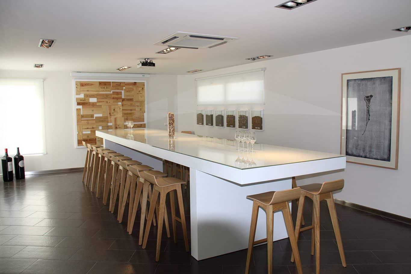 Sala de catas bodegas Mauro mesa | Muebles de oficina Spacio