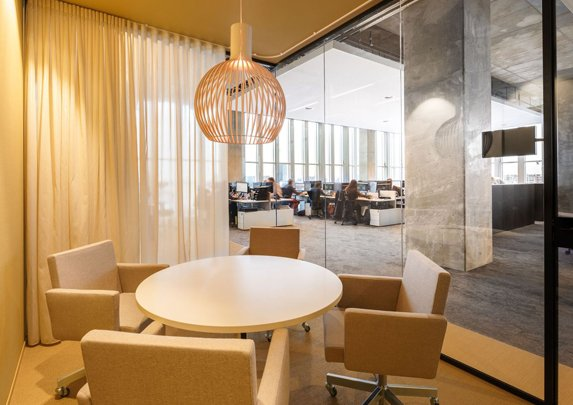 Mamparas de oficina sala reuniones | Muebles de oficina Spacio