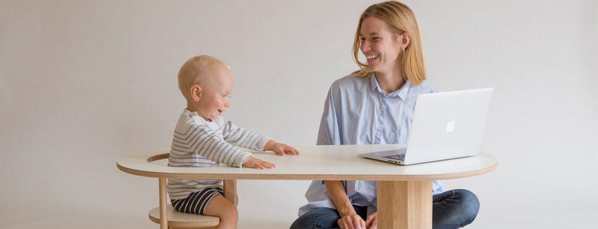 Mesa de centro Boida con niño y madre | Muebles de oficina Spacio