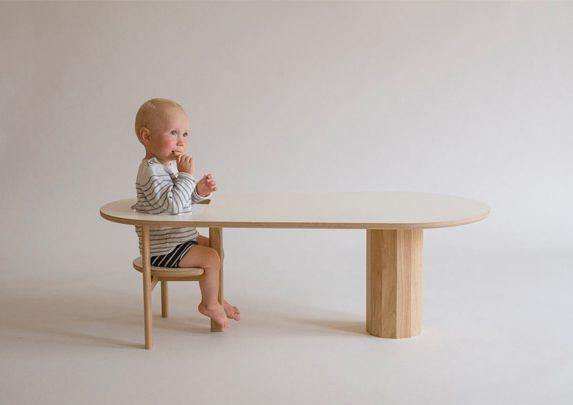 Mesa de centro Boida con niño | Muebles de oficina Spacio