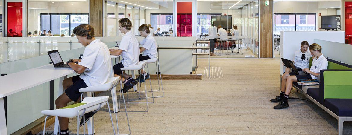 Mobiliario de colegio zona comunes | Muebles de oficina Spacio