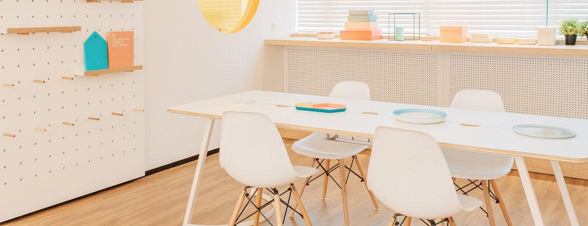 Muebles clínica dental sala de espera | Muebles de oficina Spacio