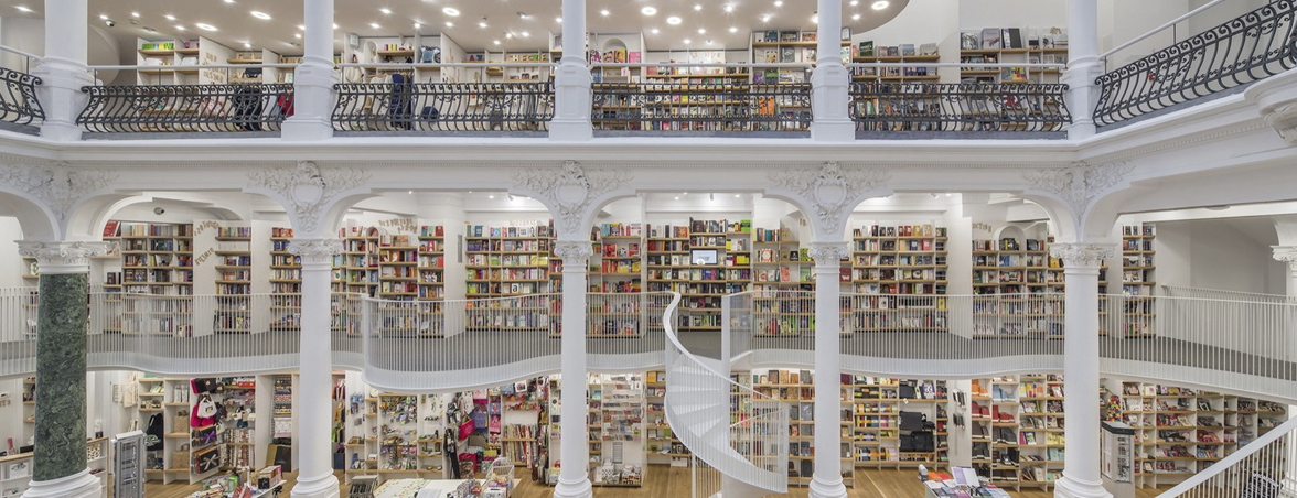 Muebles para biblioteca amplia | Muebles de oficina Spacio