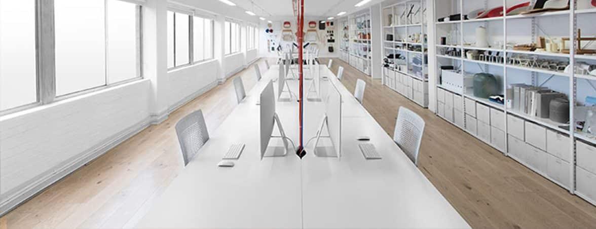 Oficina minimalista sala ordenadores | Muebles de oficina Spacio