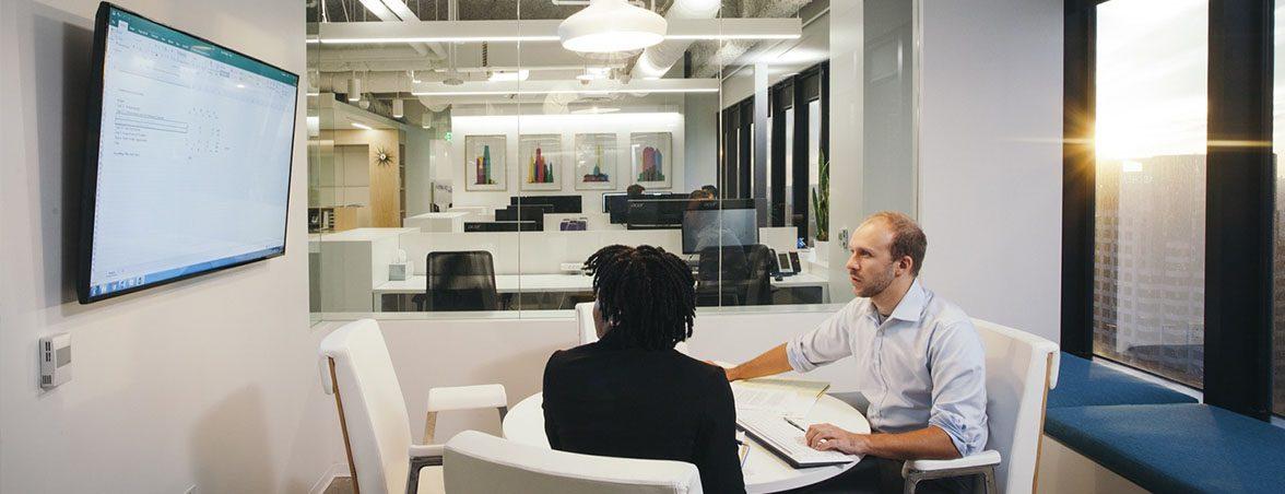 Oficinas colaborativas sala reunión | Muebles de oficina Spacio