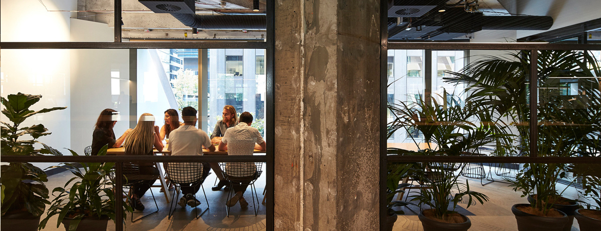 Oficinas de madera zona reunión | Muebles de oficina Spacio