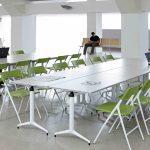 Sillas plegables Plek zona estudio | Muebles de oficina Spacio