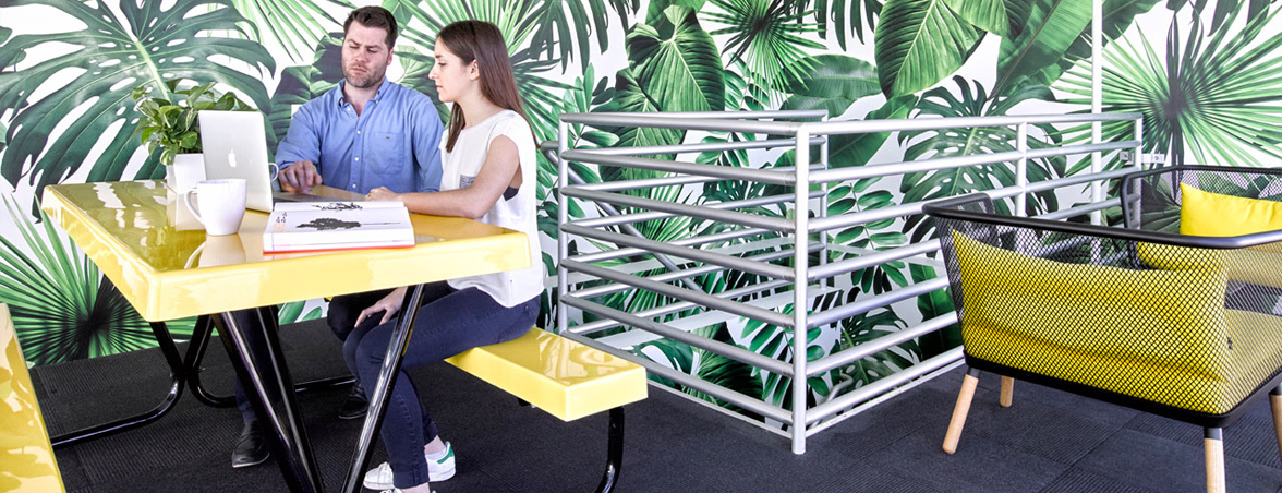 Zonas comunes en oficinas reunión | Muebles de oficina Spacio