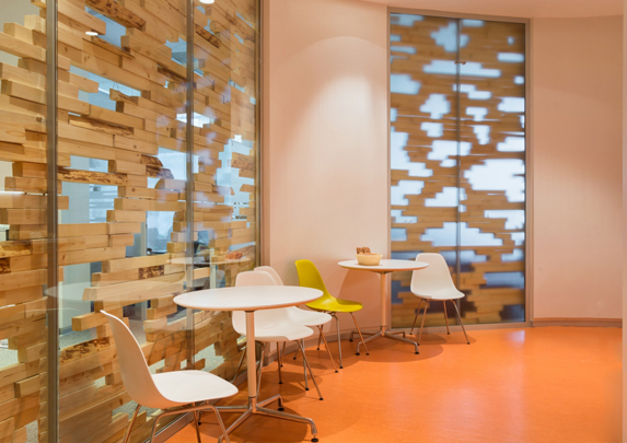 Muebles para colectividades zona espera | Muebles de oficina Spacio