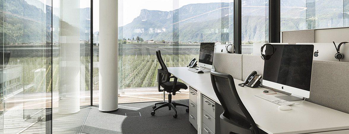Oficina con mamparas vistas | Muebles de oficina Spacio