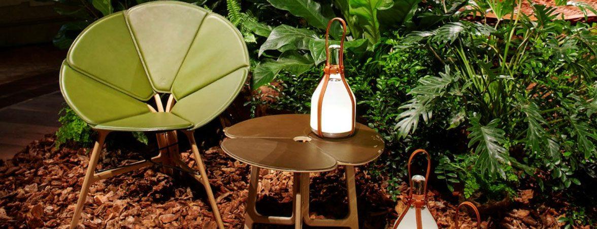 Sillas de diseño Louis Vuitton en jardín | Muebles de oficina Spacio
