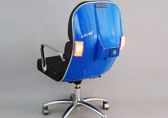 Silla de oficina Vespa azul | Muebles de oficina Spacio