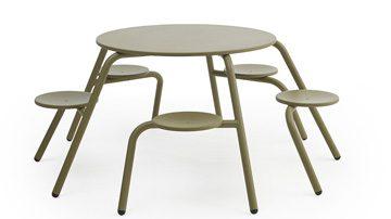 Sillas y mesa para exterior listado | Muebles de oficina Spacio