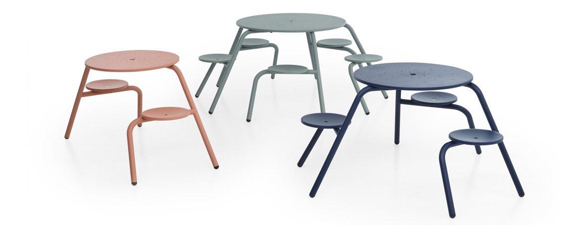 Sillas y mesa para exterior Virus | Muebles de oficina Spacio