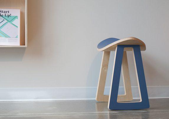 Taburete con movimiento general | Muebles de oficina Spacio