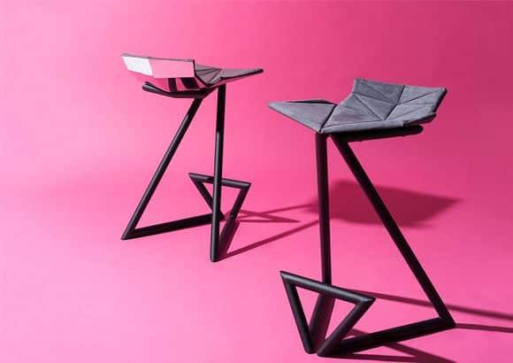 Taburete diseño fondo rosa | Muebles de oficina Spacio