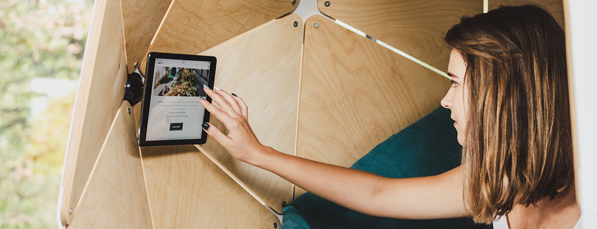 Soft-seating accesorio tablet | Muebles de oficina Spacio