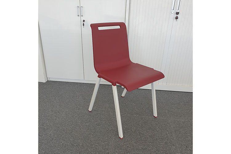 Silla Confidente Mit rojo | Muebles de Oficina Spacio