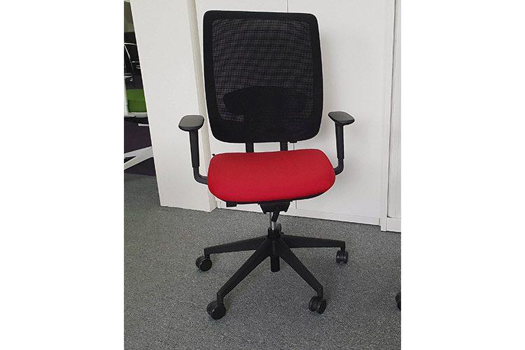 Silla de Oficina Trim Negro Rojo | Muebles de Oficina Spacio