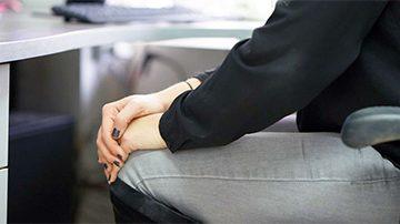 Lipoatrofia semicircular, la enfermedad de las oficinas, importante la postura correcta en el asiento   Muebles de Oficina Spacio