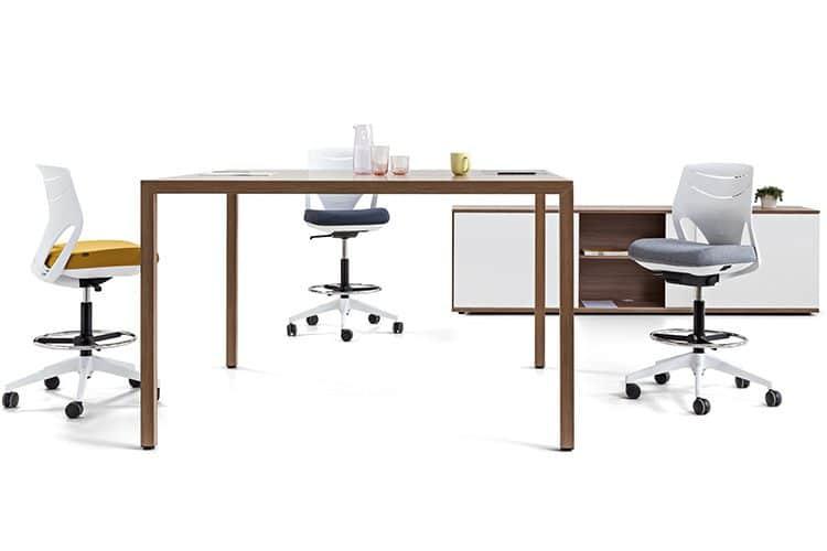 Mesa alta para meeting actiu prisma | Muebles de Oficina Spacio